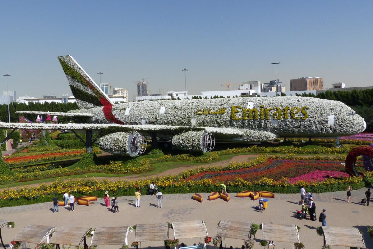 Dubai Miracle Garden A Flowerful Wonderland Flyctory Com